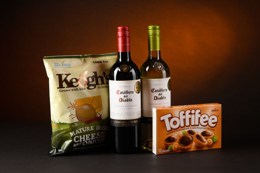 Wine, Crisps & Chocolate Hamper