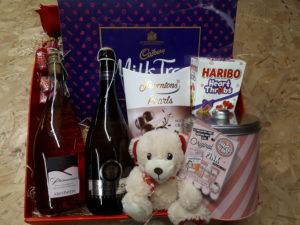 Valentines-Day-Hamper