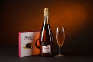 A Pink Prosecco (Sparkling Rosé) Gift Hamper